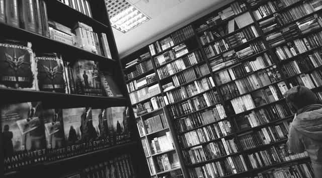 Dan Lebih dari 4000 Buku Cetak